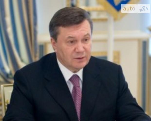 Янукович подписал упрощение разрешительных процедур в стройотрасли